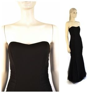 Badgley Mischka Black Strapless Curves Gown Size 4